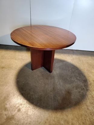 "Picture of 48"" Round Table"