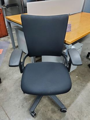 Picture of Allsteel Sum Mid-Back Task Chair