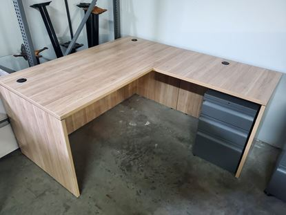Picture of 60x66 L  Desk Aspen